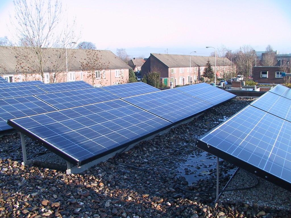 Se Instalar 225 N 9 000 Paneles Solares En Zonas Rurales De
